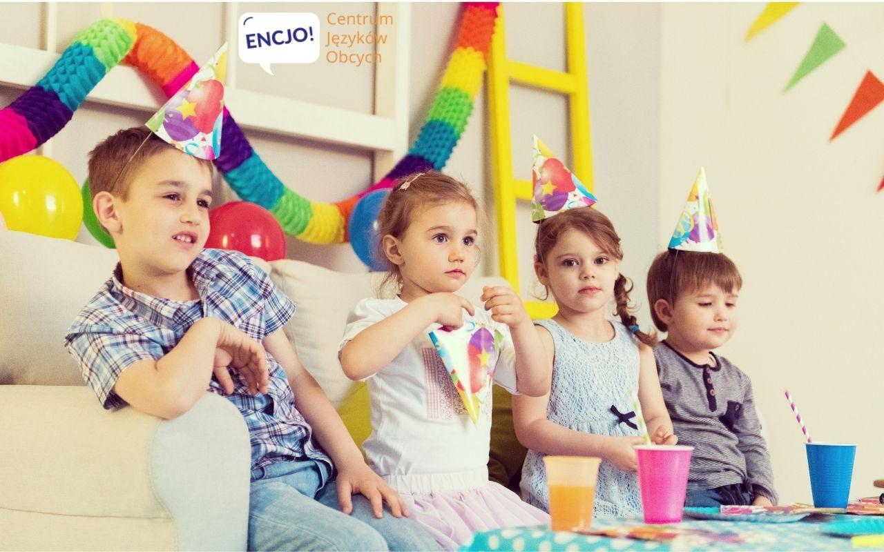 https://encjo.pl/wp-content/uploads/2021/01/sylwester-z-dziecmi-zabawy-dla-dzieci-po-angielsku.jpg